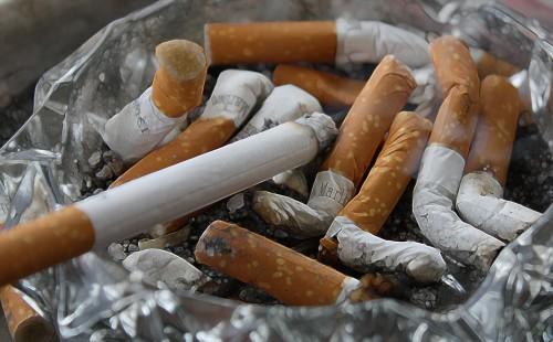 cigarettes_ash_tilt